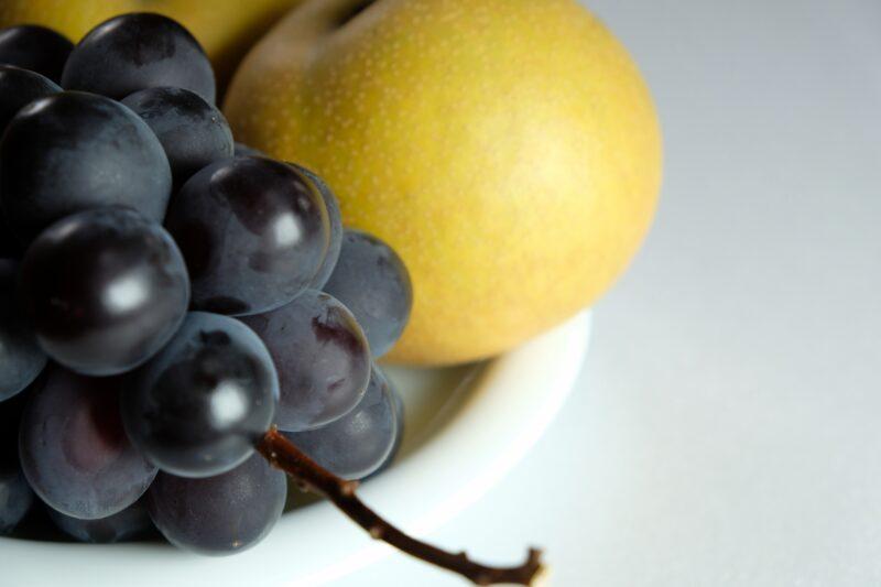 フルーツ_ブドウと梨